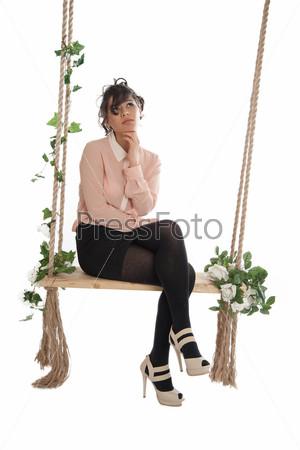 Фотография на тему Красивая женщина на качели
