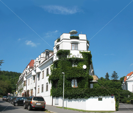 Фотография на тему Жилой дом в районе Троя на севере Праги