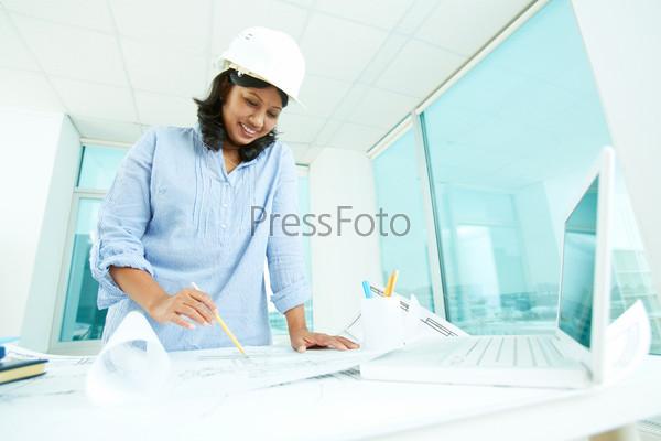 Фотография на тему Архитектор на работе