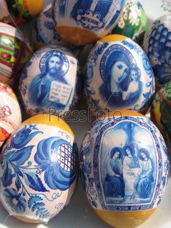 Красивые пасхальные яйца с изображениями