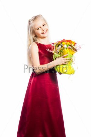 Красивая девочка с букетом