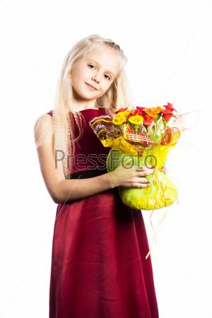 Фотография на тему Красивая девочка с букетом
