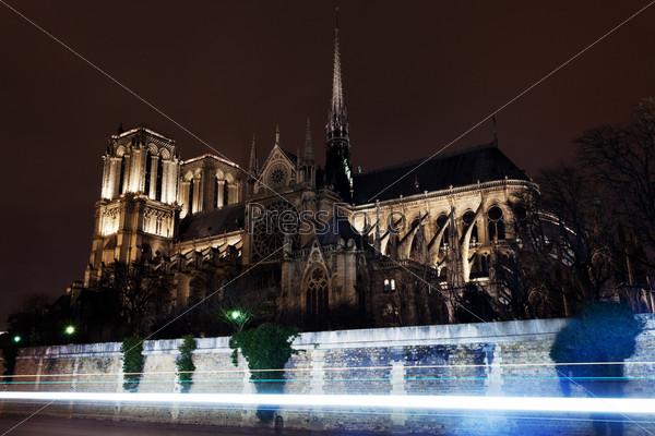 Фотография на тему Собор Нотр-Дам де Пари
