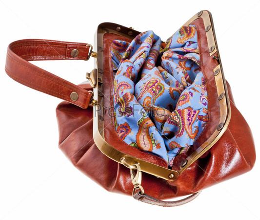 Фотография на тему Открытая кожаная сумка в стиле ретро