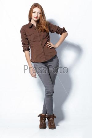 Фотография на тему Красивая рыжая женщина