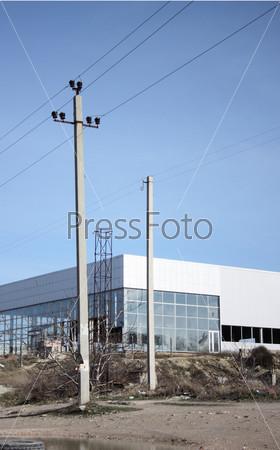Фотография на тему Здание завода на пустыре