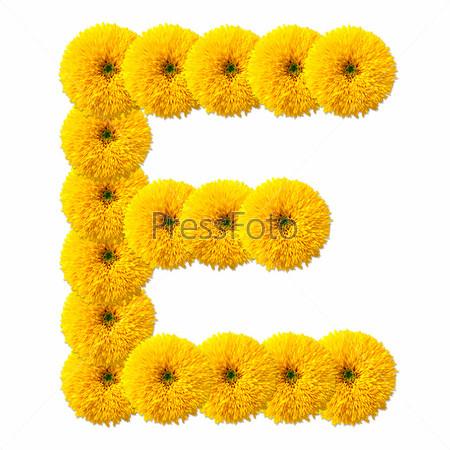Буква алфавита из цветов, изолированная на белом фоне