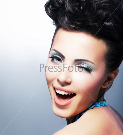 Фотография на тему Восторг. Счастливая кокетливая женщина. Насмешливая улыбка