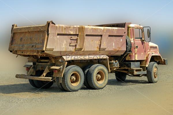 Фотография на тему Старый грузовик