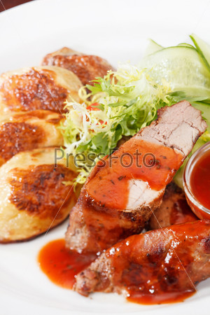 Фотография на тему Жареное мясо с овощами