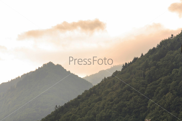 Живописный вид на горы