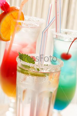 Фотография на тему Коктейли в баре