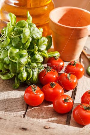 Фотография на тему Свежие помидоры черри