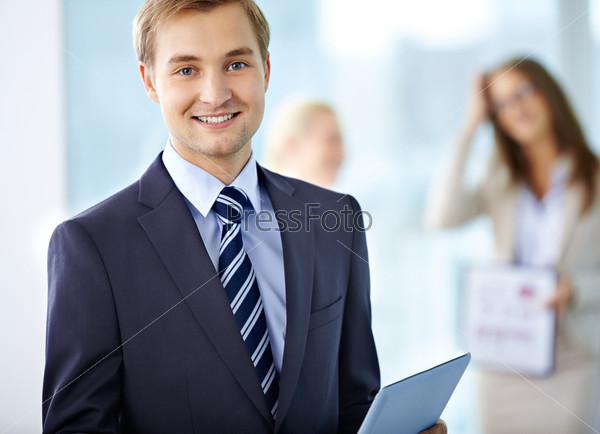 Фотография на тему Веселый лидер