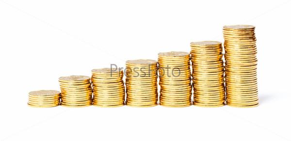 Столбики золотых монет на белом