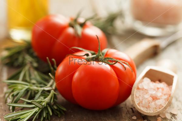 Фотография на тему Свежие помидоры