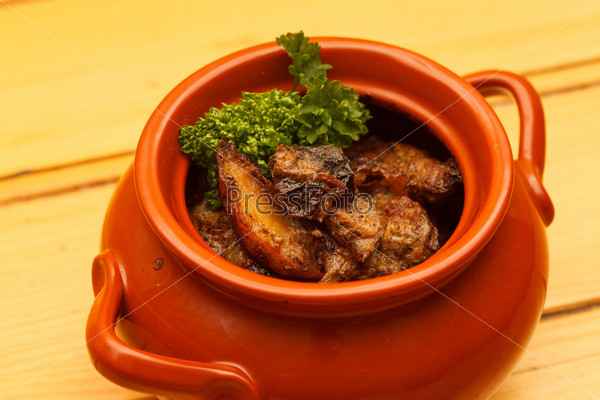 Фотография на тему Мясо в горшке