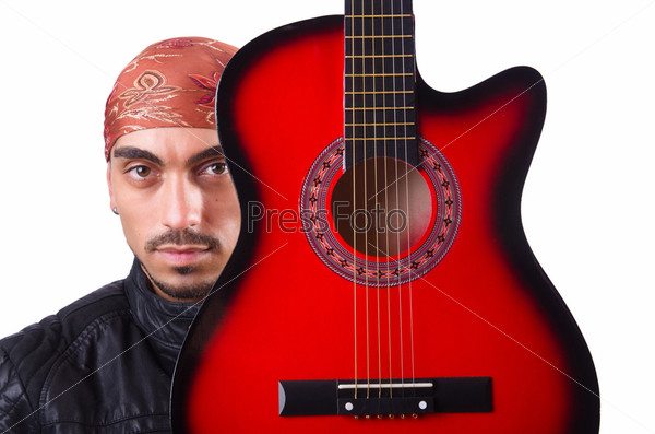 Гитарист, изолированный на белом