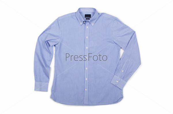 Красивая мужская рубашка, изолированная на белом фоне