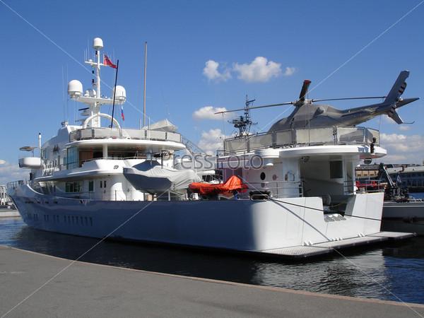 Фотография на тему Роскошная яхта