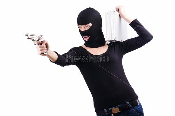 Преступник с пистолетом, изолированный на белом