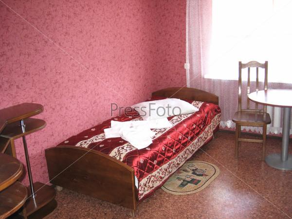 Комфортная комната с роскошным декором в отеле