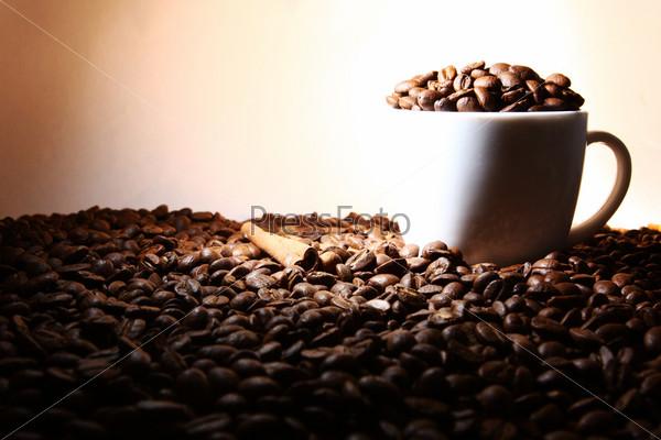 Фотография на тему Чашка кофе с корицей
