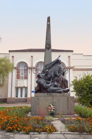 Памятник Николаю Щорсу в г. Коростень, Украина