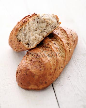 Фотография на тему Домашний хрустящий хлеб с зернами