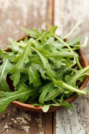 Свежий салат с руколлой