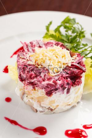 Фотография на тему Русский салат с селедкой