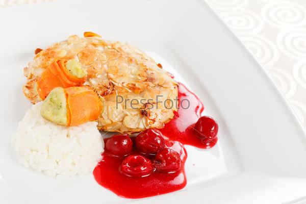 Курица с вишневым соусом