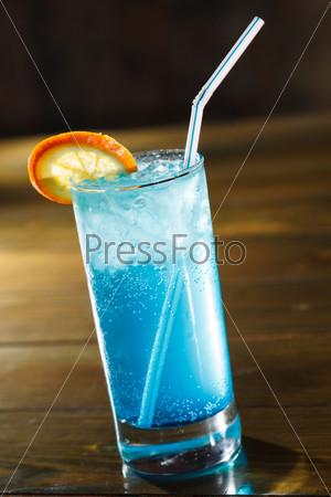 Фотография на тему Коктейль в баре