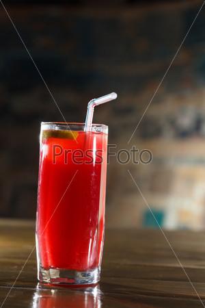 Коктейль в баре