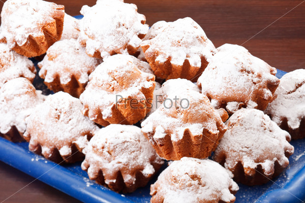 Фотография на тему Кексы с сахарной пудрой