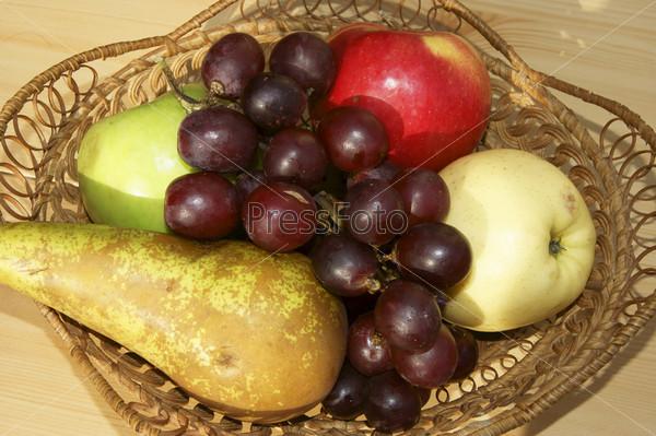 Фотография на тему Свежие фрукты