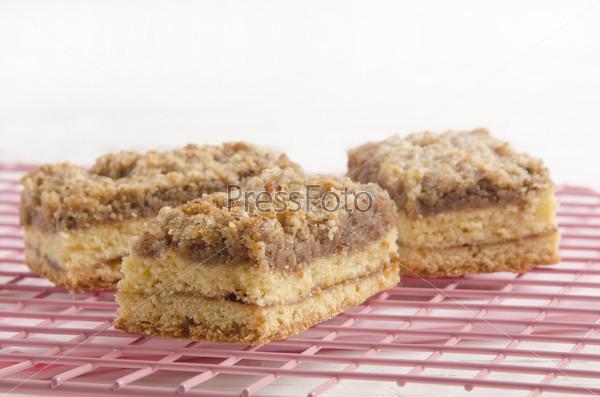 Домашний печеный яблочный пирог