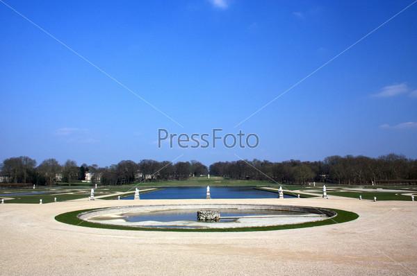 Парк усадьбы Шантийи. Франция