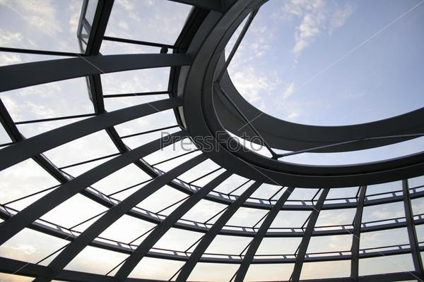 Вид через крышу Рейхстага, Берлин, Германия
