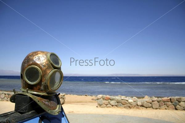 Старый шлем для дайвинга, Красное море, Синай, Египет