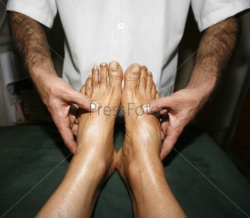 Фотография на тему Индийский аюрведический массаж ног
