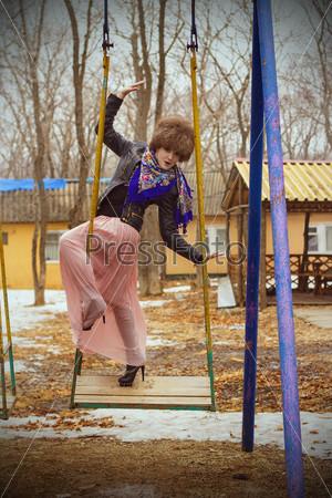 Русская красавица в образе трэш