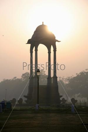 Фотография на тему Ворота Индии на закате, Дели, Индия