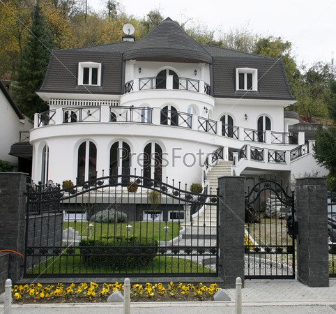Фотография на тему Современный дом