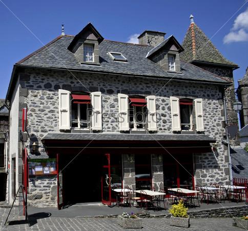 Фотография на тему Ресторан в старом каменном доме