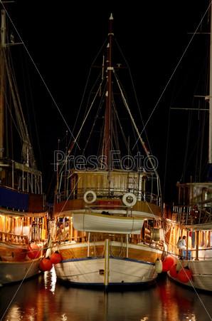 Парусные лодки