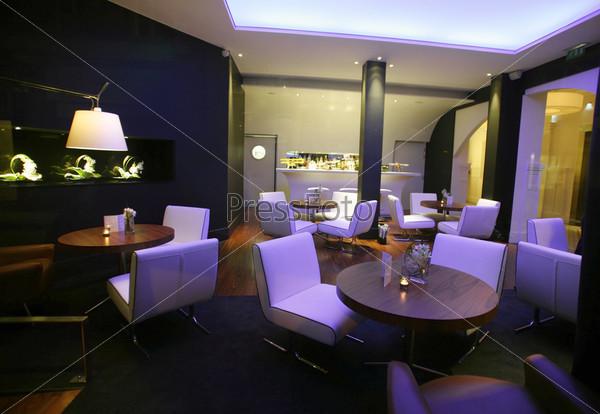 Стильный лаундж-бар