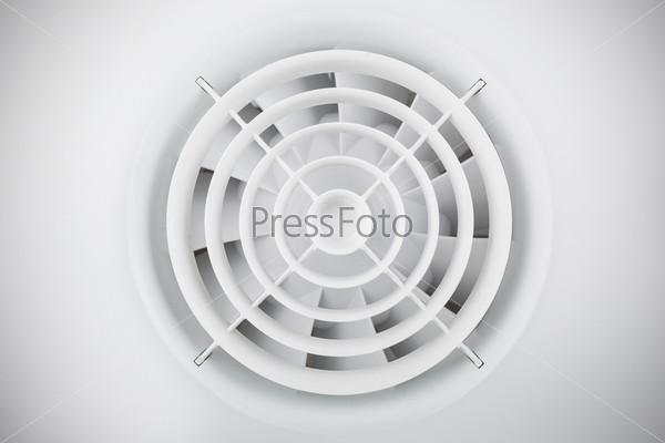 Круглый белый пластиковый воздушный вентилятор