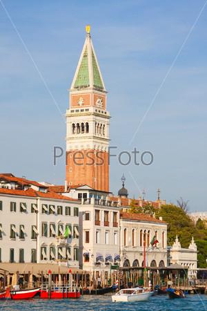 Кампаниле-ди-Сан-Марко, Венеция, Италия