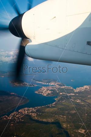 Фотография на тему Самолет летит над Хорватией